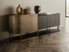 Madia in metallo e legno con ante a battenteBIKRAM - APP DESIGN