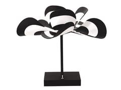 Lampada da tavolo fatta a mano in PVCBLOOM GENEVIEVE | Lampada da tavolo - BLOOMBOOM