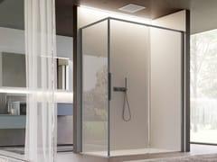 Box doccia angolare in vetro con porta scorrevoleBRAVE 03 - DISENIA SRL  BY IDEAGROUP