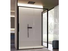 Box doccia angolare in vetro con porta scorrevoleBRAVE 05 - DISENIA SRL  BY IDEAGROUP