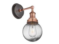 Lampada da parete per esterno in ottone e vetroBROOKLYN GLOBE   Lampada da parete - INDUSTVILLE