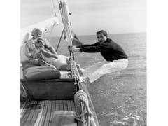 Stampa fotograficaCHARLES AZNAVOUR  NEL 1959 - ARTPHOTOLIMITED