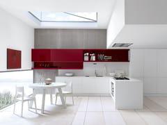 Cucina componibile laccata con penisola CHERRY | Cucina in stile moderno -