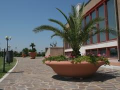 Manufatti Viscio, CIOTOLA Fioriera per spazi pubblici bassa rotonda in pietra ricostruita