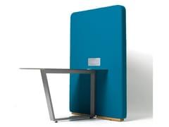 Scrivania ufficio con presa USB e pannello divisorioCIRCUIT MEDIA - DIEMME