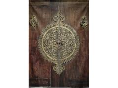 Stampa su tessuto da pareteCLOSE UP IMAGE OF ANCIENT DOOR - MONDIART INTERNATIONAL