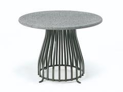 Tavolino da giardino rotondo in pietra lavicaVENEXIA | Tavolino - ETHIMO