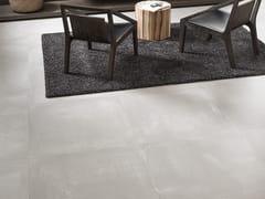 Pavimento/rivestimento in gres porcellanato effetto cemento CORE WHITE - URBATEK - Grès Porcellanato
