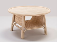 Tavolino basso rotondo in rattan con portariviste CORRIDOR | Tavolino basso -