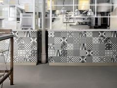 Pavimento in gres porcellanato effetto cementineD_SEGNI | Decoro Mix Caldi - MARAZZI GROUP