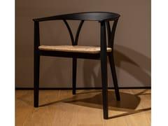 Sedia in legno con braccioliDE PADOVA - DONZELLETTA - ARCHIPRODUCTS.COM