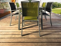 Decking in Adaxite LISTOTECH IROKO -