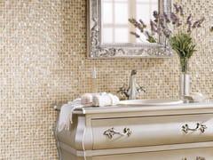 Mosaico in pietra naturale e vetro DECORATIVE INFINITY -