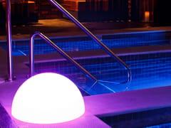 Lampada da terra per esterno a LED in plastica senza filiDEMI - SMART AND GREEN