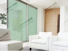 Pellicola per vetri adesiva oscurante DEPOLI-304i - Pellicole oscuranti per vetri