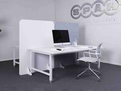 Divisorio ufficio fonoassorbente freestanding in PETDesigned acoustic divider floor - KARL SPÄH