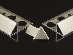 Profilo paraspigolo in alluminioEET - GENESIS