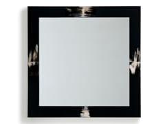 Specchio quadrato con cornice in legno ed inserti in cornoERASMO 1420 - ARCAHORN