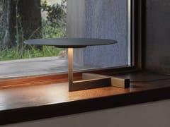 Lampada da tavolo a LED in metalloFLAT | Lampada da tavolo - VIBIA