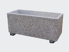 Fioriera per spazi pubblici rettangolare in cementoFIORIERA CON PIEDINI - CANTIERE TRI PLOK