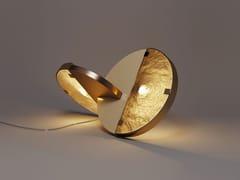 Lampada da tavolo in ottone e vetroFLY - CREATIVEMARY