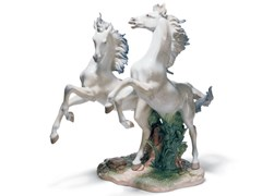 Soprammobile in porcellanaFREE AS THE WIND HORSES - LLADRÓ