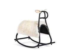 Cavallo a dondolo in pellicciaFURIA - WINTER EDITION | Cavallo a dondolo in pelliccia - WIENER GTV DESIGN