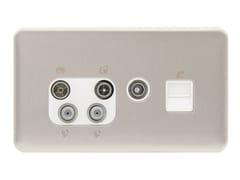 Presa elettrica multipla in acciaio inoxGGBL70746110WSSS - SCHNEIDER ELECTRIC INDUSTRIES