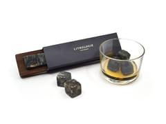Pietre da whisky in gneiss con vassoio in noceGNEISS WHISKY STONE SET - LITHOLOGIE