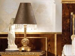 LAMPADA DA TAVOLO IN SIMILPELLE CON CRISTALLIGRAND ROYAL   LAMPADA DA TAVOLO CON CRISTALLI - A.R. ARREDAMENTI