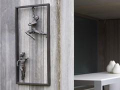 Scultura in bronzoHANGING AROUND - GARDECO