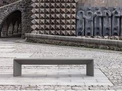 ULMA Architectural Solutions, HARRI Panchina senza schienale
