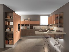 Cucina laccata in laminato con penisola ICE | Cucina con penisola -