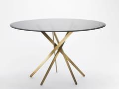 Tavolo rotondo in acciaio e vetroIKI | Tavolo in vetro - ADENTRO