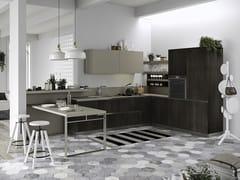 Cucina con maniglie integrate con penisola JOY | Cucina con penisola - EVERYONE