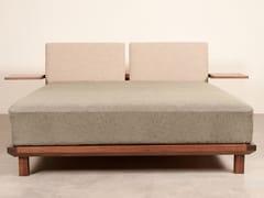 Letto matrimoniale in legno con comodini integratiKONOMA NEW BED - IN ELEMENT DESIGNS
