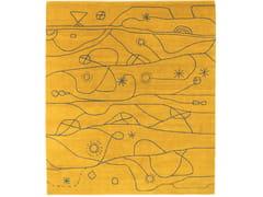 Tappeto annodato a mano in lana con patternKUUMA YE - KRISTIINA LASSUS STUDIO