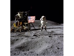 Stampa fotograficaL'ASTRONAUTE JOHN W YOUNG - ARTPHOTOLIMITED