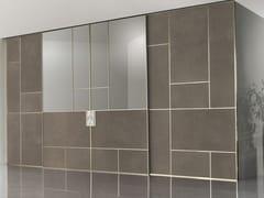 Porta scorrevole in pelle e vetro LAND | Porta scorrevole - Aluminium Chic
