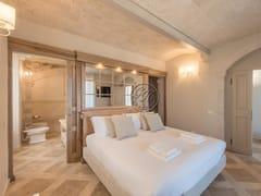 Letto matrimoniale in legno masselloLetto 11 - GARDEN HOUSE LAZZERINI