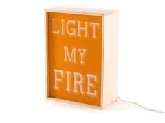 Lampada da tavolo a LED in legnoLIGHT MY FIRE - SELETTI