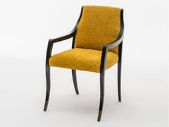 Sedia imbottita in tessuto con braccioli LODOVICA | Sedia con braccioli - Milano Collection