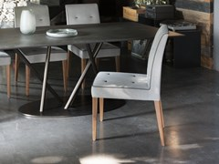 Sedia da ristorante imbottita in tessutoLORD GERRIT   Sedia - TONON