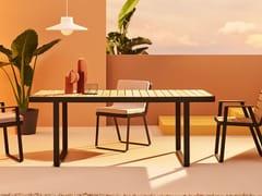 Tavolo da giardino rettangolare in teakMAKEMAKE | Tavolo in teak - TERRAFORMA