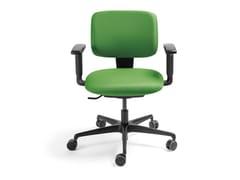 Sedia ufficio in tessuto a 5 razze con braccioliMALIBÙ | Sedia ufficio con braccioli - AP FACTOR