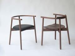 Sedia in legno con braccioliMARS - BRANCA LISBOA