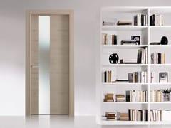 Porta a battente in legno e vetro con cerniere a scomparsaMATERIK | Porta in legno e vetro - BERTOLOTTO