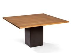 Tavolo da pranzo con top in legno e base in lamiera di ferroMAXIMUS   Tavolo da pranzo - DADRA