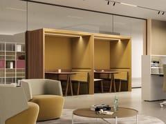 Isola ufficio in legno per meetingINTERPARETE BRIEFING MEETING - ESTEL GROUP