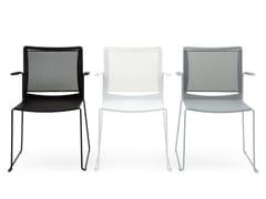Sedia a slitta in polipropilene con braccioli S'MESH PLASTIC | Sedia con braccioli - S'mesh Plastic